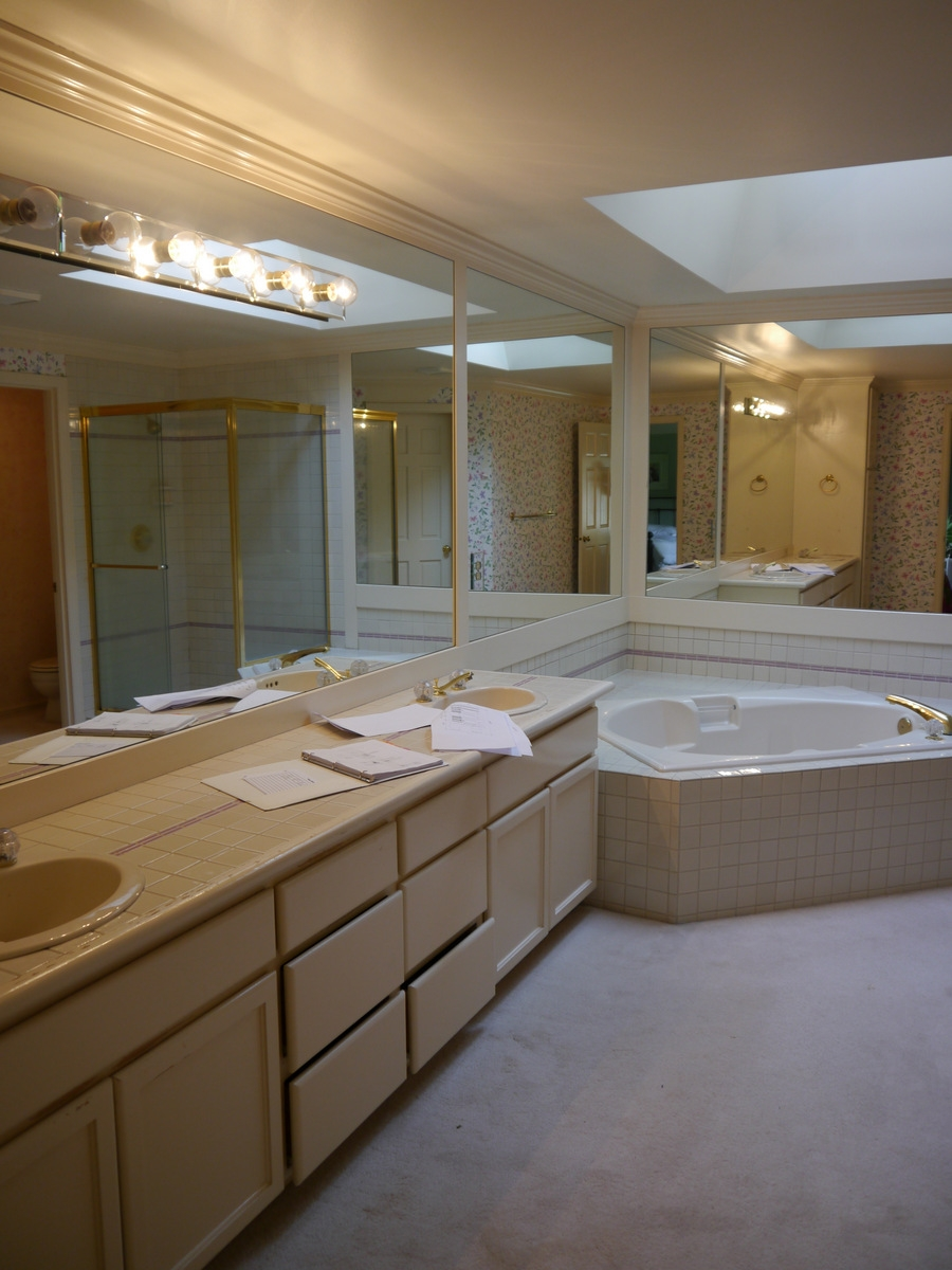 Redmond classic master bath remodel for Classic master bathrooms