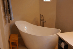 Woodinville Transitional Bath Remodel