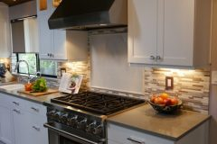 Bellevue-Clyde Hill Modern Kitchen Remodel