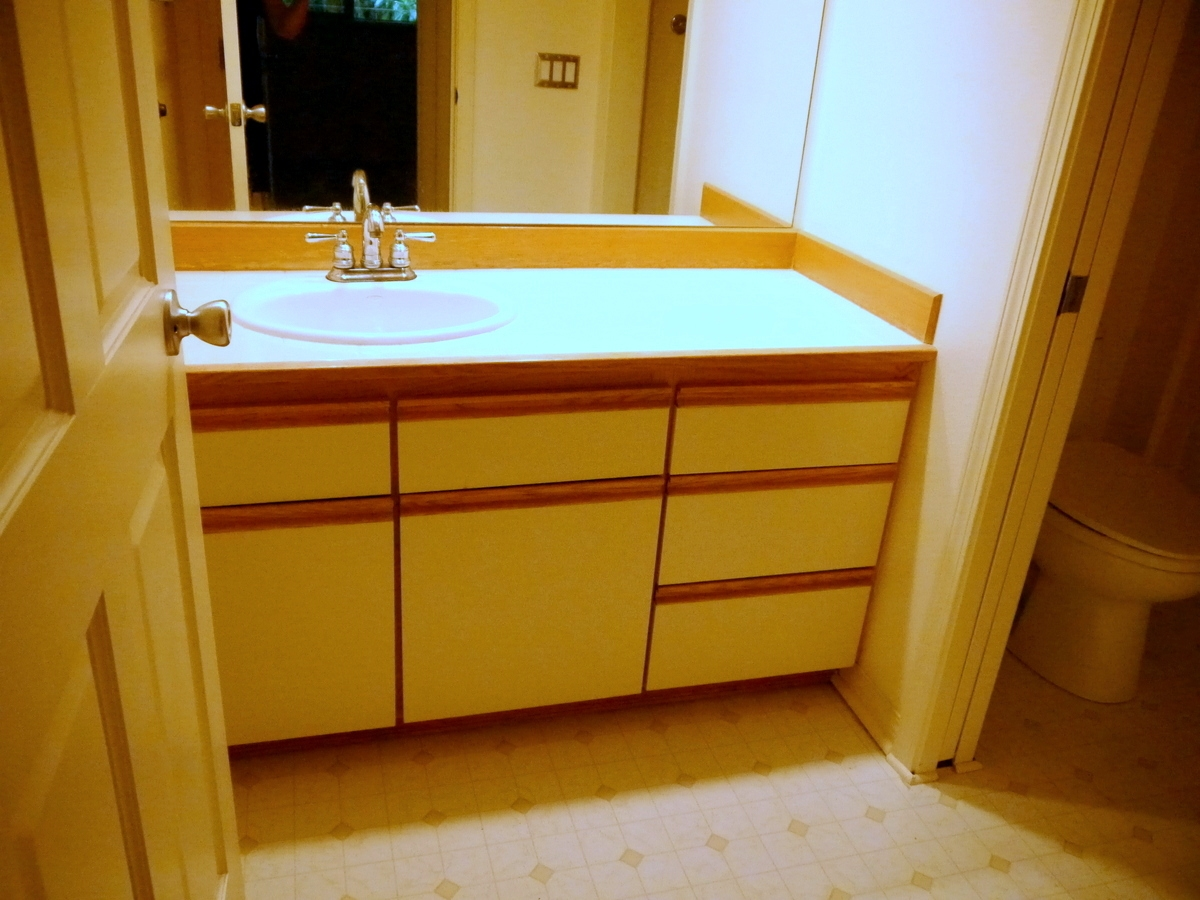 How to reface bathroom cabinets cabinets matttroy Refacing bathroom cabinets cost