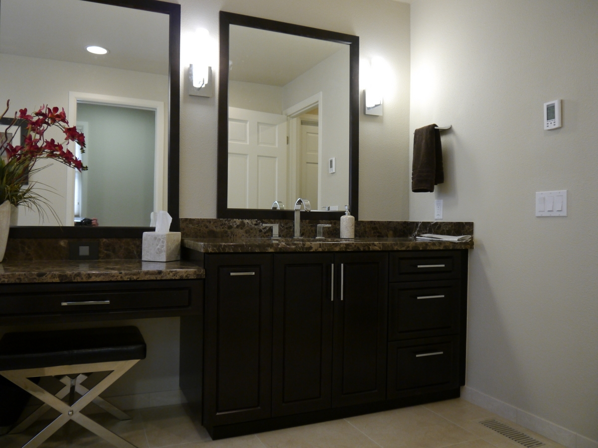 vanity custom double bedroom and makeup sets design mirror vanit for with ikea lighted table lights pictures sink vanities hollywood