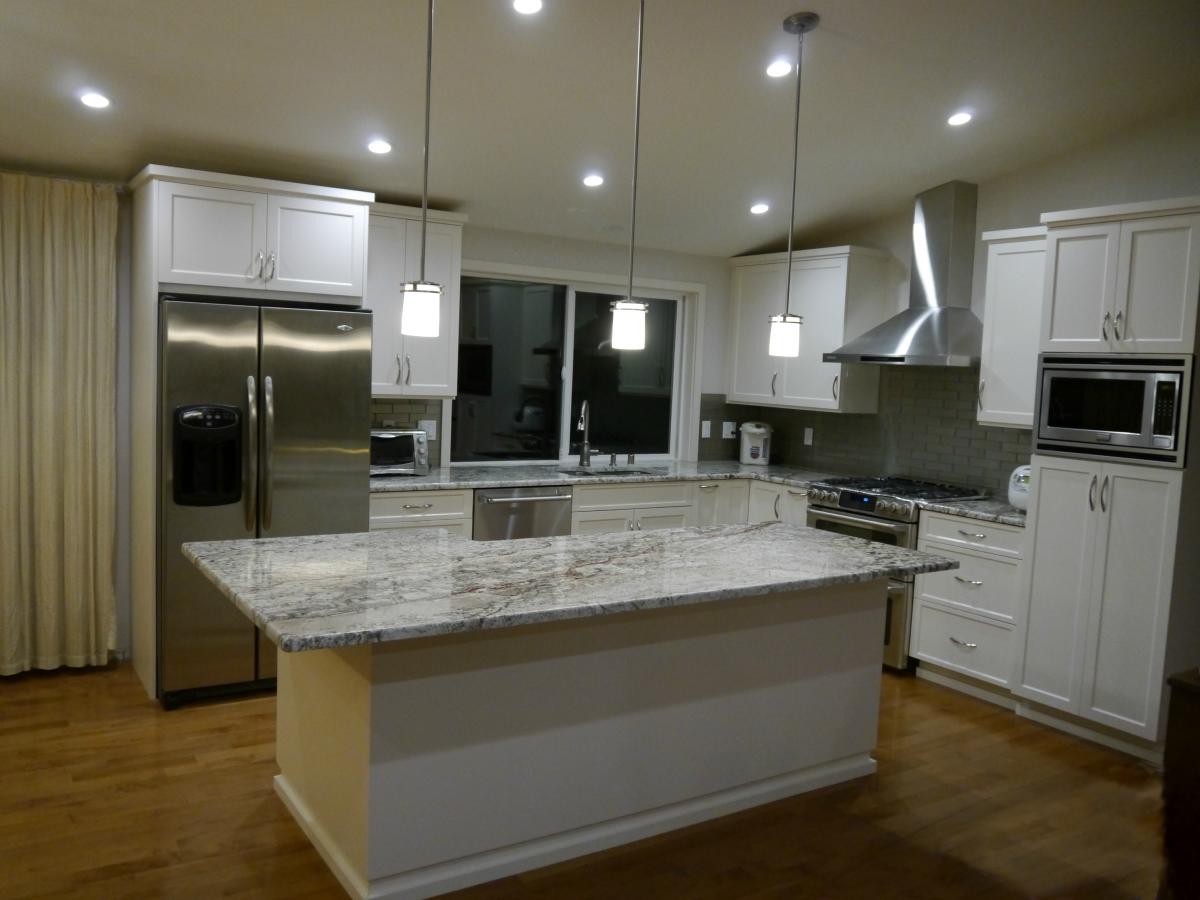 Bellevue – Somerset Transitional Kitchen Remodel