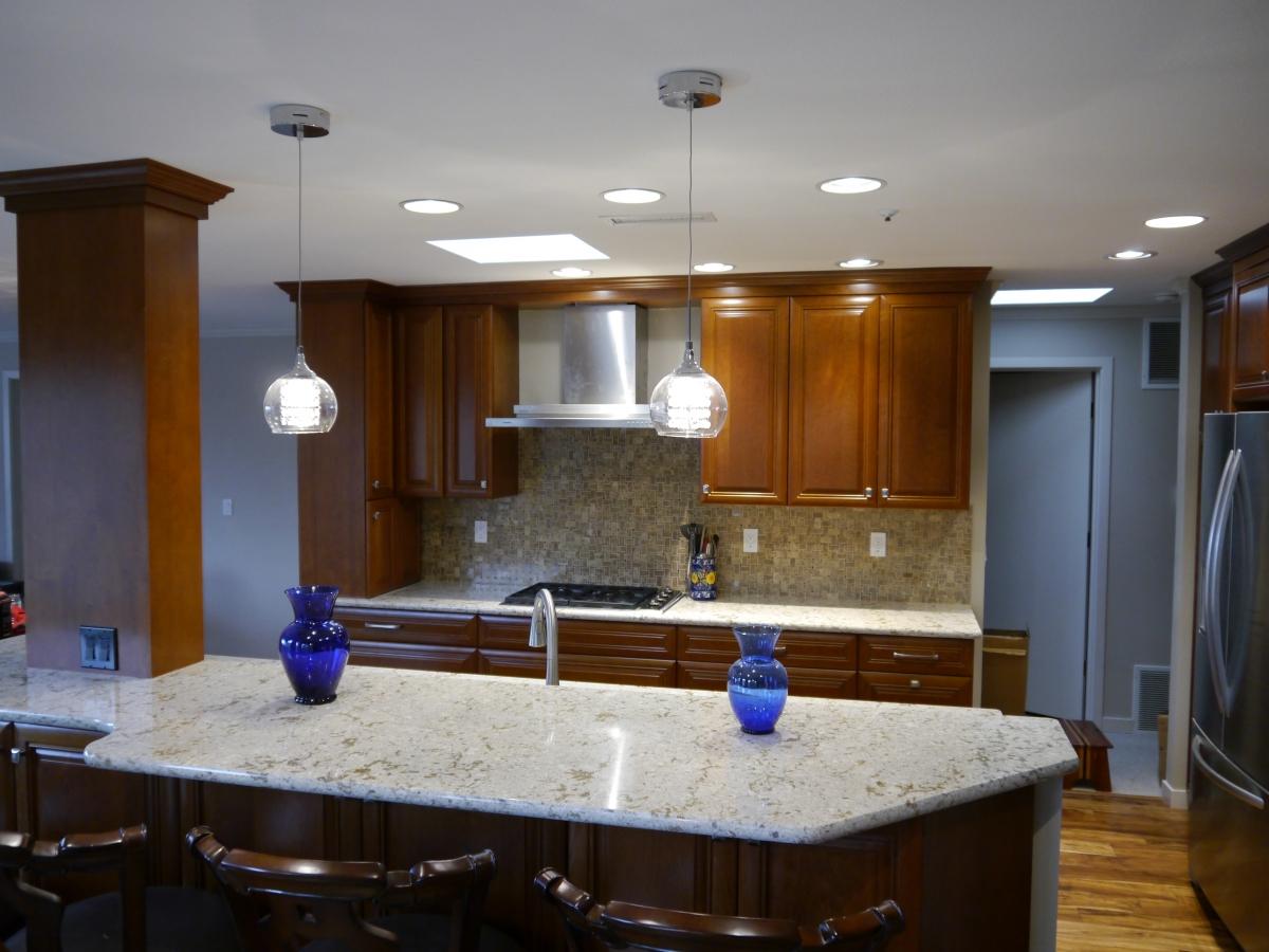 Kirkland Condo Traditional Kitchen Remodel