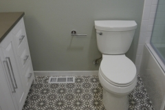 After - Redmond Transitional Guest Bathroom Remodel