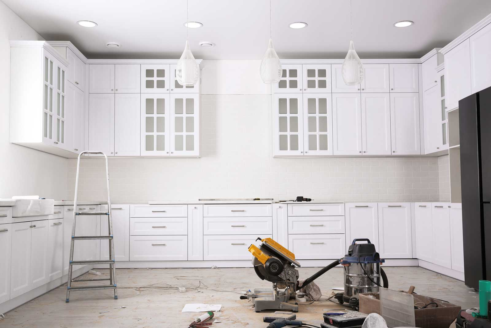 Take these tips from the pros when you're considering a kitchen remodel.